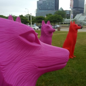 Outdoor Art in Downtown Cleveland | Giant Animal Art takes over downtown Cleveland and adds a splash of color to the city. Click through for more pictures!